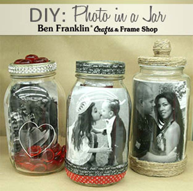 Best Mason Jar Valentine Crafts - Photo in A Mason Jar - Cute Mason Jar Valentines Day Gifts and Crafts | Easy DIY Ideas for Valentines Day for Homemade Gift Giving and Room Decor | Creative Home Decor and Craft Projects for Teens, Teenagers, Kids and Adults http://diyprojectsforteens.com/mason-jar-valentine-crafts