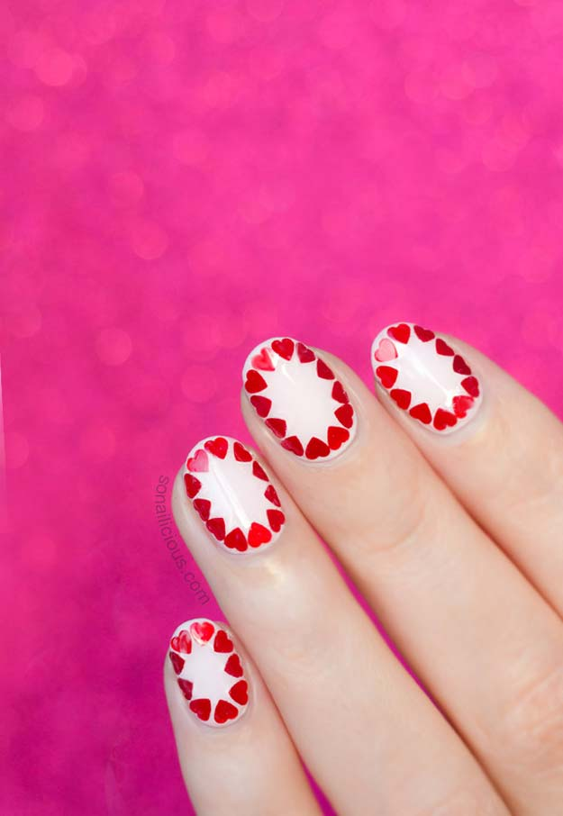 Valentine Nail Art Ideas - Easy Valentine's Day Nail Art - Cute and Cool Looks For Valentines Day Nails - Hearts, Gradients, Red, Black and Pink Designs - Easy Ideas for DIY Manicures with Step by Step Tutorials - Fun Ideas for Teens, Teenagers and Women http://diyprojectsforteens.com/valentine-nail-art-ideas