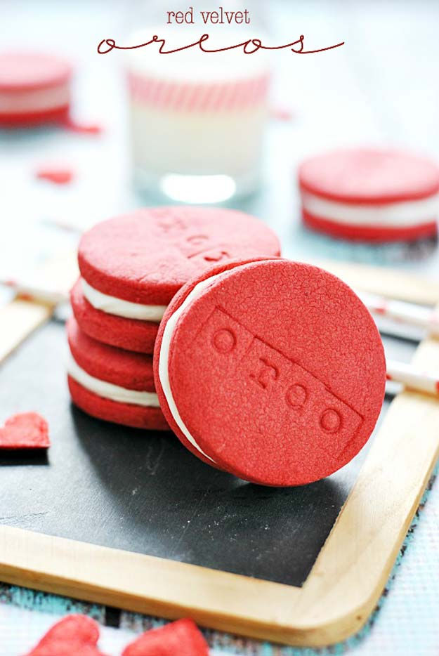 Best Valentines Cookies - Red Velvet Oreos - Easy Cookie Recipes and Recipe Ideas for Valentines Day - Cute DIY Decorated Cookies for Kids, Homemade Box Cookies and Bouquet Ideas - Sugar Cookie Icing Tutorials With Step by Step Instructions - Quick, Cheap Valentine Gift Ideas for Him and Her http://diyprojectsforteens.com/valentine-cookie-recipes