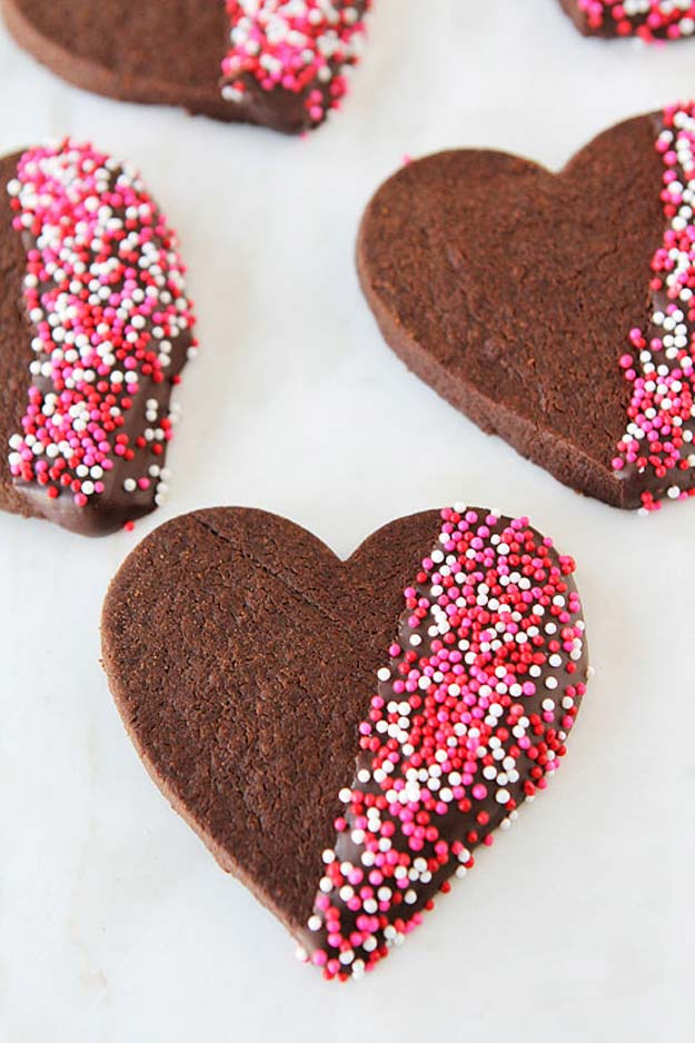 Best Valentines Cookies - Chocolate Shortbread Heart Cookies - Easy Cookie Recipes and Recipe Ideas for Valentines Day - Cute DIY Decorated Cookies for Kids, Homemade Box Cookies and Bouquet Ideas - Sugar Cookie Icing Tutorials With Step by Step Instructions - Quick, Cheap Valentine Gift Ideas for Him and Her http://diyprojectsforteens.com/valentine-cookie-recipes