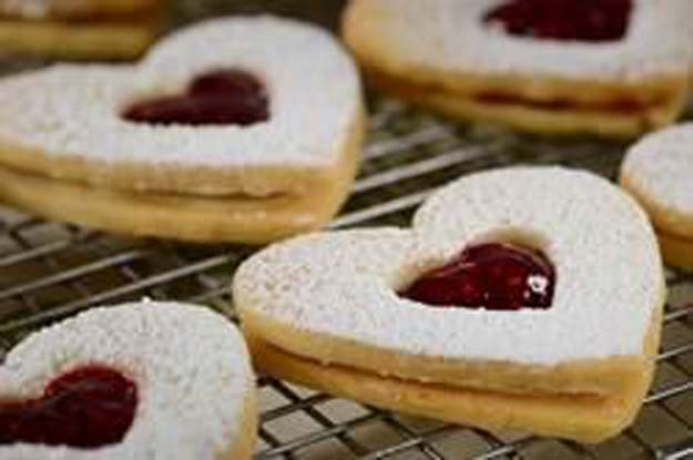 Best Valentines Cookies - Raspberry White Chocolate Shortbreads - Easy Cookie Recipes and Recipe Ideas for Valentines Day - Cute DIY Decorated Cookies for Kids, Homemade Box Cookies and Bouquet Ideas - Sugar Cookie Icing Tutorials With Step by Step Instructions - Quick, Cheap Valentine Gift Ideas for Him and Her http://diyprojectsforteens.com/valentine-cookie-recipes