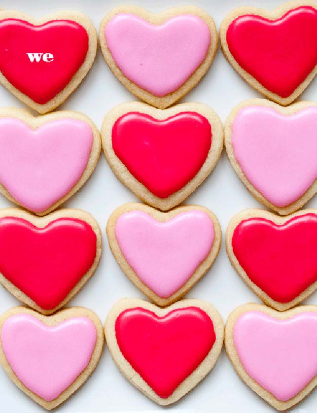 Best Valentines Cookies - Sweet on Sugar Cookies Plus Valentine's Day Hearts - Easy Cookie Recipes and Recipe Ideas for Valentines Day - Cute DIY Decorated Cookies for Kids, Homemade Box Cookies and Bouquet Ideas - Sugar Cookie Icing Tutorials With Step by Step Instructions - Quick, Cheap Valentine Gift Ideas for Him and Her http://diyprojectsforteens.com/valentine-cookie-recipes