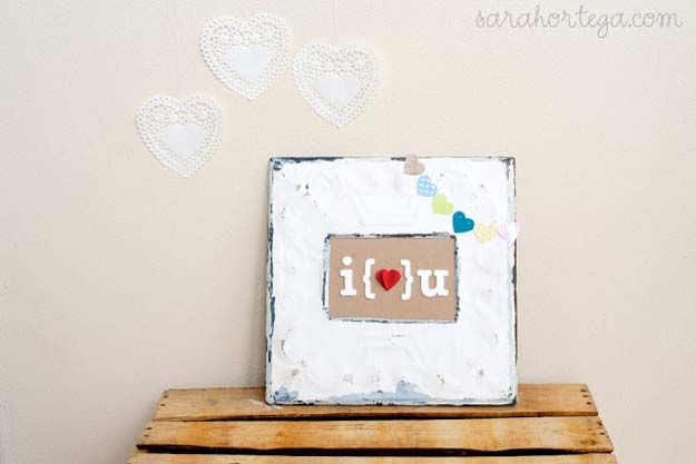 DIY Valentine Gifts - i Heart u Frame Art - Gifts for Her and Him, Teens, Teenagers and Tweens - Mason Jar Ideas, Homemade Cards, Cheap and Easy Gift Ideas for Valentine Presents http://diyprojectsforteens.com/diy-valentine-gifts