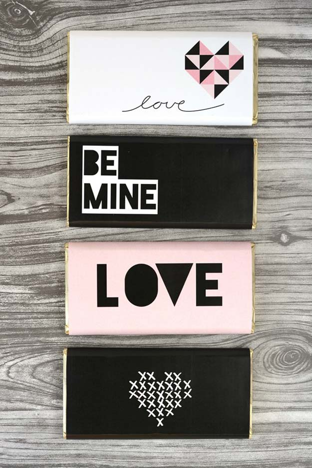 DIY Valentine Gifts - Chocolate Bar - Gifts for Her and Him, Teens, Teenagers and Tweens - Mason Jar Ideas, Homemade Cards, Cheap and Easy Gift Ideas for Valentine Presents http://diyprojectsforteens.com/diy-valentine-gifts