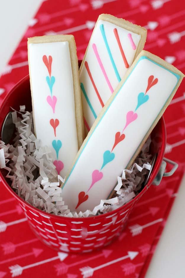 Best Valentines Cookies - Simple Valentine's Cookie Sticks - Easy Cookie Recipes and Recipe Ideas for Valentines Day - Cute DIY Decorated Cookies for Kids, Homemade Box Cookies and Bouquet Ideas - Sugar Cookie Icing Tutorials With Step by Step Instructions - Quick, Cheap Valentine Gift Ideas for Him and Her http://diyprojectsforteens.com/valentine-cookie-recipes
