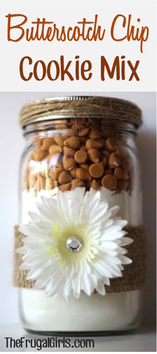 Best Mason Jar Cookies - Butterscotch Cookie Mix Recipe - Mason Jar Cookie Recipe Mix for Cute Decorated DIY Gifts - Easy Chocolate Chip Recipes, Christmas Presents and Wedding Favors in Mason Jars - Fun Ideas for DIY Parties, Easy Recipes for Teens, Teenagers, Kids and Teens - Cheap Last Mintue Gift Ideas for Friends, Family and Neighbors http://diyprojectsforteens.com/mason-jar-cookie-recipes