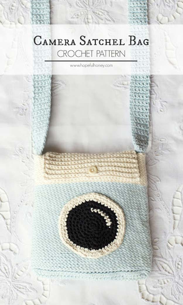 Crochet Patterns and Projects for Teens - Camera Satchel Bag - Best Free Patterns and Tutorials for Crocheting Cute DIY Gifts, Room Decor and Accessories - How To for Beginners - Learn How To Make a Headband, Scarf, Hat, Animals and Clothes DIY Projects and Crafts for Teenagers #crochet #crafts #teencrafts #freecrochet #crochetpatterns