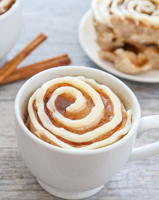 Easy Mug Cake Recipes - Cinnamon Roll Mug Cake - Best Microwave Cakes and Ideas for Baking Ckae in The Microwave - Chocolate, Vanilla, Healthy, Snickerdoodle, Peanut Butter, Bownie and Nutella - Step by Step Tutorials and Instructions - Besy DIY Projects and Recipes for Teens and Teenagers -