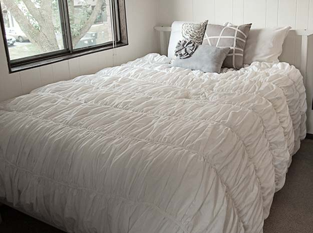Cool DIY Ideas for Your Bed - DIY Anthropologie Cirrus Duvet - Fun Bedding, Pillows, Blankets, Home Decor and Crafts to Make Your Bedroom Awesome - Easy Step by Step Tutorials for Making A T-Shirt Pillow, Knit Throws, Fuzzy and Furry Warm Blankets and Handmade DYI Bedding, Sheets, Bedskirts and Shams