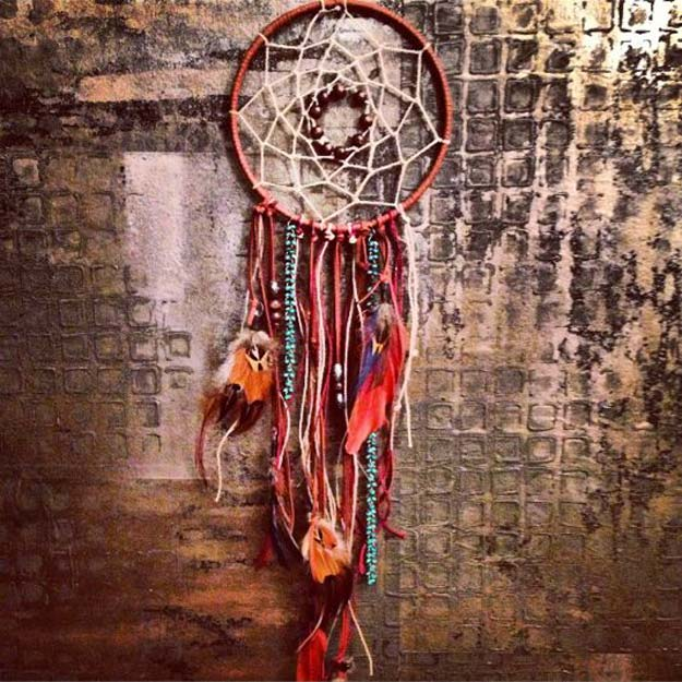 30 brilliant red diy room decor ideas for Dream catchers how to make them