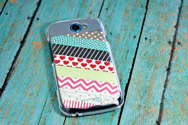 Washi Tape Crafts - DIY Phone Case w/ Washi Tape - DIY Projects Made With Washi Tape - Wall Art, Frames, Cards, Pencils, Room Decor and DIY Gifts, Back To School Supplies - Creative, Fun Craft Ideas for Teens, Tweens and Teenagers - Step by Step Tutorials and Instructions http://diyprojectsforteens.com/washi-tape-ideas
