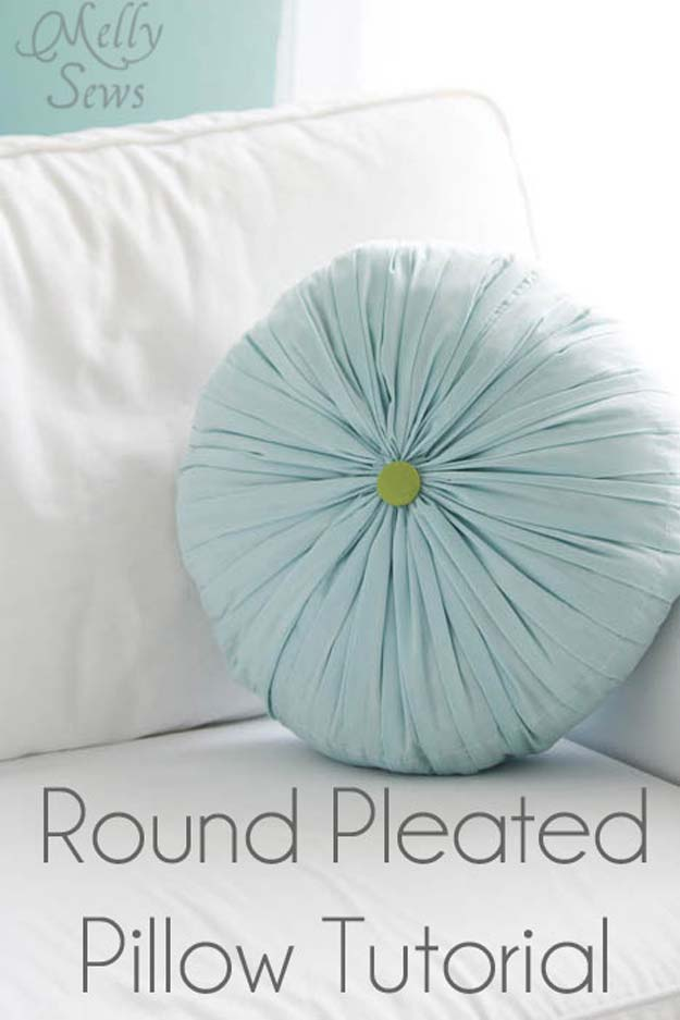 DIY Pillows and Fun Pillow Projects - DIY Round Pleated Pillow - Creative, Decorative Cases and Covers, Throw Pillows, Cute and Easy Tutorials for Making Crafty Home Decor - Sewing Tutorials and No Sew Ideas for Room and Bedroom Decor for Teens, Teenagers and Adults