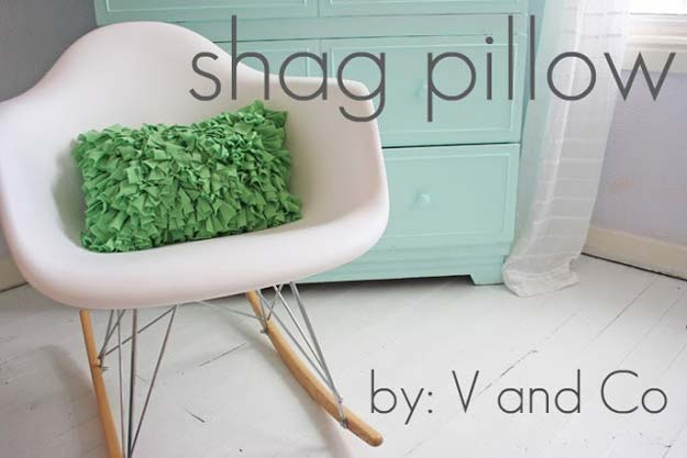 DIY Pillows and Fun Pillow Projects - DIY Shag Pillow - Creative, Decorative Cases and Covers, Throw Pillows, Cute and Easy Tutorials for Making Crafty Home Decor - Sewing Tutorials and No Sew Ideas for Room and Bedroom Decor for Teens, Teenagers and Adults