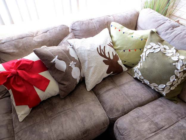 Diy Tutorial For Making Christmas Pillow Covers Diy Projects For Teens