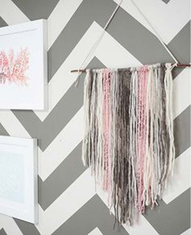 Pink DIY Room Decor Ideas - DIY Yarn Tapestry - Cool Pink Bedroom Crafts and Projects for Teens, Girls, Teenagers and Adults - Best Wall Art Ideas, Room Decorating Project Tutorials, Rugs, Lighting and Lamps, Bed Decor and Pillows #teencrafts #roomdecor #pink