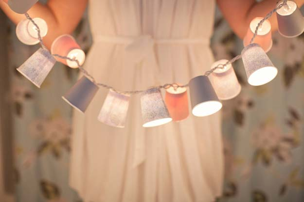 Cool Ways To Use Christmas Lights - Dixie Cup Lights - Best Easy DIY Ideas for String Lights for Room Decoration, Home Decor and Creative DIY Bedroom Lighting - Creative Christmas Light Tutorials with Step by Step Instructions - Creative Crafts and DIY Projects for Teens, Teenagers and Adults #diyideas #stringlights #diydecor #teencrafts