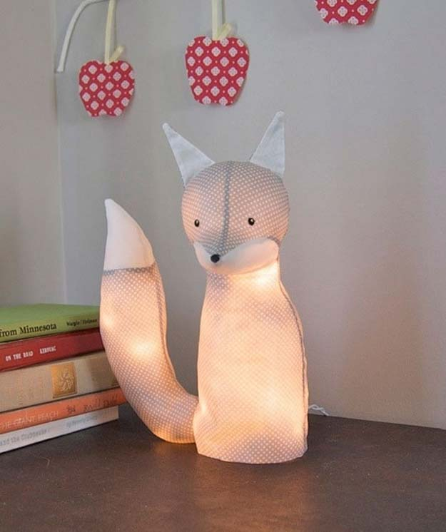 Cool Ways To Use Christmas Lights - Electrified Fox Lamp - Best Easy DIY Ideas for String Lights for Room Decoration, Home Decor and Creative DIY Bedroom Lighting - Creative Christmas Light Tutorials with Step by Step Instructions - Creative Crafts and DIY Projects for Teens, Teenagers and Adults #diyideas #stringlights #diydecor #teencrafts