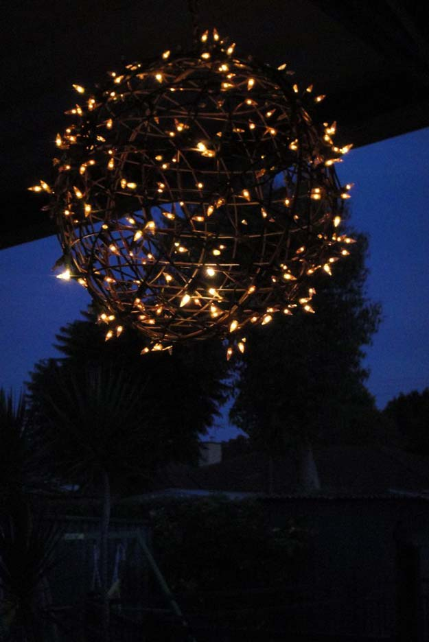 Cool Ways To Use Christmas Lights - Fairy Light Globe - Best Easy DIY Ideas for String Lights for Room Decoration, Home Decor and Creative DIY Bedroom Lighting - Creative Christmas Light Tutorials with Step by Step Instructions - Creative Crafts and DIY Projects for Teens, Teenagers and Adults http://diyprojectsforteens.com/diy-projects-string-lights