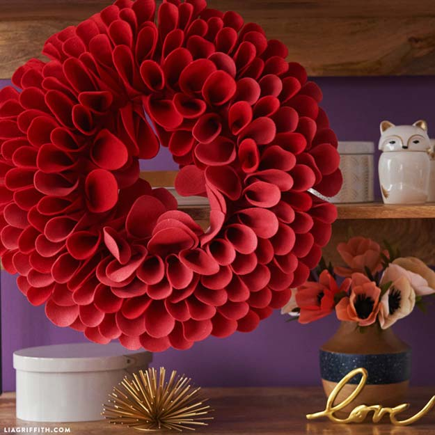 Felt Flowers Wall Decor : Brilliant red diy room decor ideas projects for teens