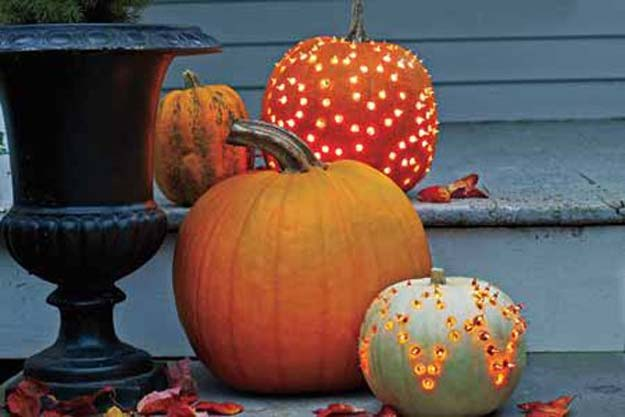 Cool Ways To Use Christmas Lights - How to Create Beautiful Pumpkin Luminaries - Best Easy DIY Ideas for String Lights for Room Decoration, Home Decor and Creative DIY Bedroom Lighting - Creative Christmas Light Tutorials with Step by Step Instructions - Creative Crafts and DIY Projects for Teens, Teenagers and Adults http://diyprojectsforteens.com/diy-projects-string-lights