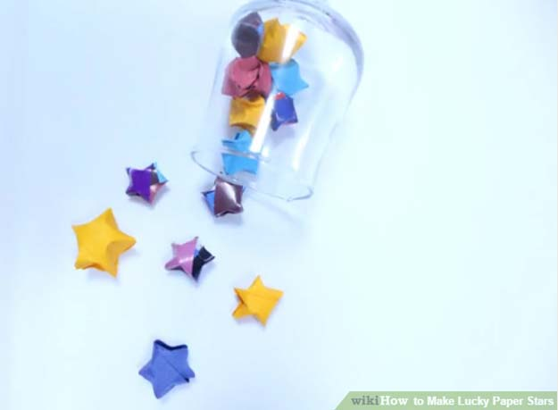 Cool Things to Make With Leftover Wrapping Paper - How to Make Lucky Paper Stars- Easy Crafts, Fun DIY Projects, Gifts and DIY Home Decor Ideas - Don't Trash The Christmas Wrapping Paper and Learn How To Make These Awesome Ideas Instead - Creative Craft Ideas for Teens, Tweens, Teenagers, Boys and Girls http://diyprojectsforteens.com/diy-projects-wrapping-paper