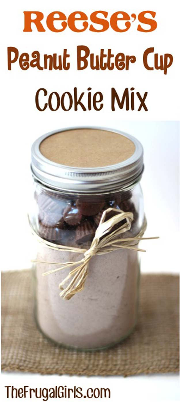 Best Mason Jar Cookies - Reeses Peanut Butter Cup Cookies! - Mason Jar Cookie Recipe Mix for Cute Decorated DIY Gifts - Easy Chocolate Chip Recipes, Christmas Presents and Wedding Favors in Mason Jars - Fun Ideas for DIY Parties, Easy Recipes for Teens, Teenagers, Kids and Teens - Cheap Last Mintue Gift Ideas for Friends, Family and Neighbors
