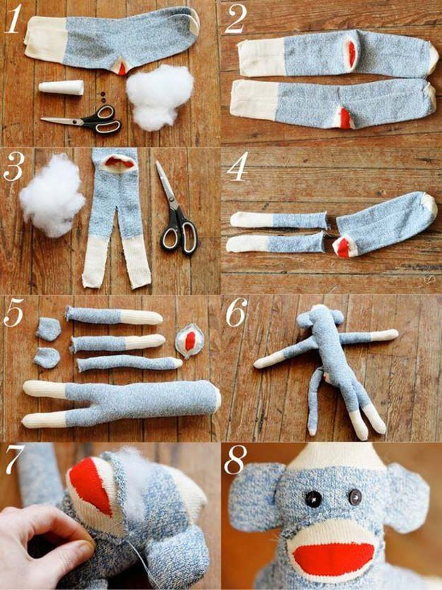 Cool Crafts Made With Old Socks - Sock Monkey Pattern - Fun DIY Projects and Gifts You Can Make With A Sock - Easy DIY Ideas for Teens, Teenagers, Kids and Adults - Step by Step Tutorials and Instructions for Making Room Decor, Animals, Cat, Rabbit, Owl, Puppets, Snowman, Gloves http://diyprojectsforteens.com/diy-crafts-ideas-socks