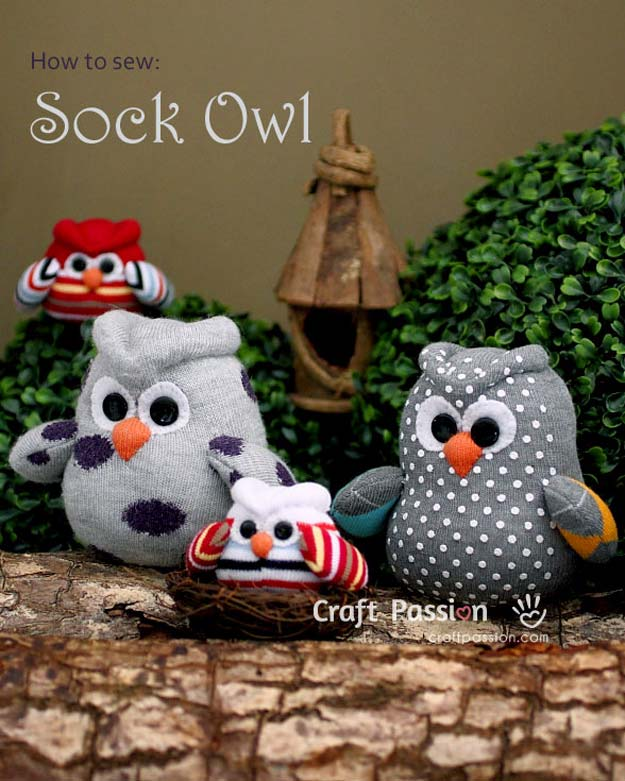 Cool Crafts Made With Old Socks - Sock Owl Patern - Fun DIY Projects and Gifts You Can Make With A Sock - Easy DIY Ideas for Teens, Teenagers, Kids and Adults - Step by Step Tutorials and Instructions for Making Room Decor, Animals, Cat, Rabbit, Owl, Puppets, Snowman, Gloves