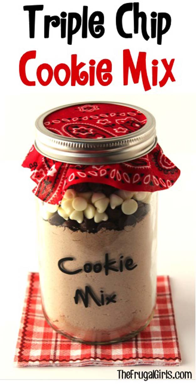 Best Mason Jar Cookies - Triple Chip Cookie Mix in a Jar! - Mason Jar Cookie Recipe Mix for Cute Decorated DIY Gifts - Easy Chocolate Chip Recipes, Christmas Presents and Wedding Favors in Mason Jars - Fun Ideas for DIY Parties, Easy Recipes for Teens, Teenagers, Kids and Teens - Cheap Last Mintue Gift Ideas for Friends, Family and Neighbors http://diyprojectsforteens.com/mason-jar-cookie-recipes