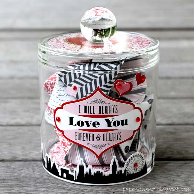 DIY Valentine Gifts - Valentine's Dates with Echo Park - Gifts for Her and Him, Teens, Teenagers and Tweens - Mason Jar Ideas, Homemade Cards, Cheap and Easy Gift Ideas for Valentine Presents http://diyprojectsforteens.com/diy-valentine-gifts