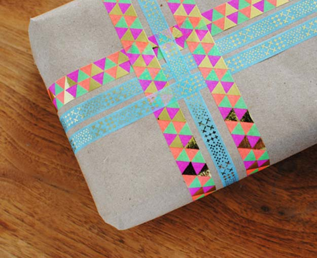 Washi Tape Crafts - Washi Gift Wrap - DIY Projects Made With Washi Tape - Wall Art, Frames, Cards, Pencils, Room Decor and DIY Gifts, Back To School Supplies - Creative, Fun Craft Ideas for Teens, Tweens and Teenagers - Step by Step Tutorials and Instructions http://diyprojectsforteens.com/washi-tape-ideas