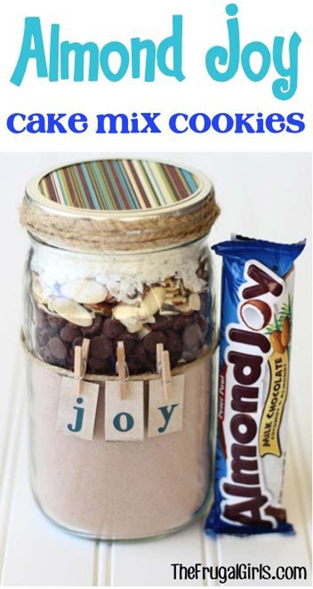 Best Mason Jar Cookies - Almond Joy Cookie Mix - Mason Jar Cookie Recipe Mix for Cute Decorated DIY Gifts - Easy Chocolate Chip Recipes, Christmas Presents and Wedding Favors in Mason Jars - Fun Ideas for DIY Parties, Easy Recipes for Teens, Teenagers, Kids and Teens - Cheap Last Mintue Gift Ideas for Friends, Family and Neighbors http://diyprojectsforteens.com/mason-jar-cookie-recipes