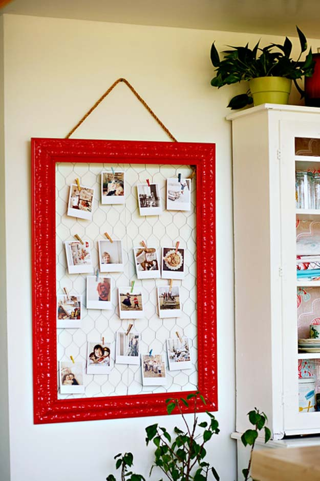 Cool DIY Room Decor Ideas in Red - DIY {origrami chicken wire frame} - Creative Home Decor, Wall Art and Bedroom Crafts to Accent Your Red Room - Creative Craft Projects and Quick Arts and Crafts Ideas for Teens and Adults - Easy Ways To Decorate on A Budget http://diyprojectsforteens.com/diy-room-decor-red