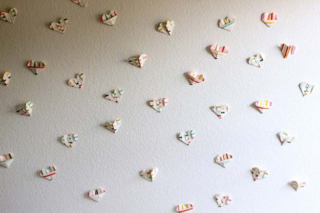 Cool Things to Make With Leftover Wrapping Paper - Wall of Love- Easy Crafts, Fun DIY Projects, Gifts and DIY Home Decor Ideas - Don't Trash The Christmas Wrapping Paper and Learn How To Make These Awesome Ideas Instead - Creative Craft Ideas for Teens, Tweens, Teenagers, Boys and Girls http://diyprojectsforteens.com/diy-projects-wrapping-paper