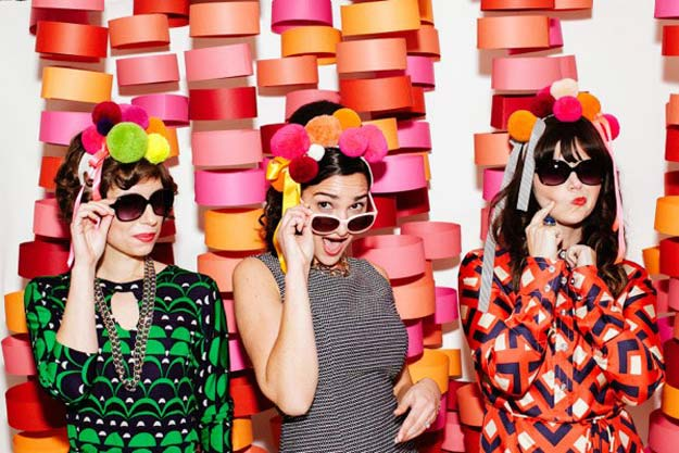 DIY Selfie Ideas - Mood Party Circle Backdrop - Cool Ideas for Photo Booth and Picture Station - Props, Light, Mirror, Board, Wall, Background and Tips for Shooting Best Selfies - DIY Projects and Crafts for Teens