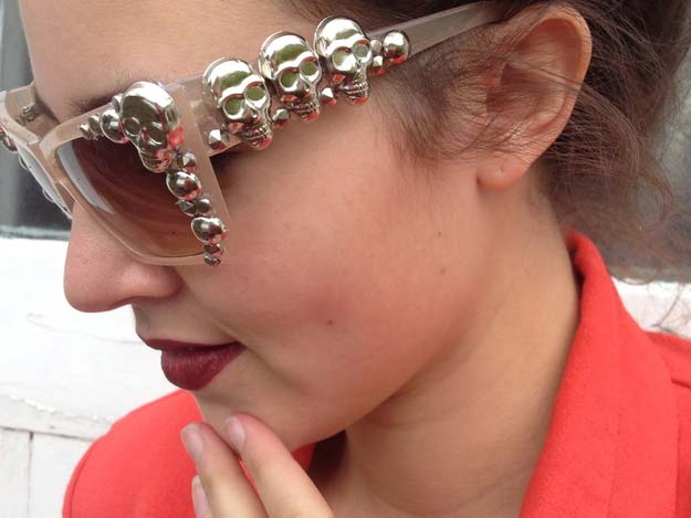 DIY Sunglasses Makeovers - DIY Embellished Sunglasses - Fun Ways to Decorate and Embellish Sunglasses - Embroider, Paint, Add Jewels and Glitter to Your Shades - Cheap and Easy Projects and Crafts for Teens #diy #teencrafts #sunglasses