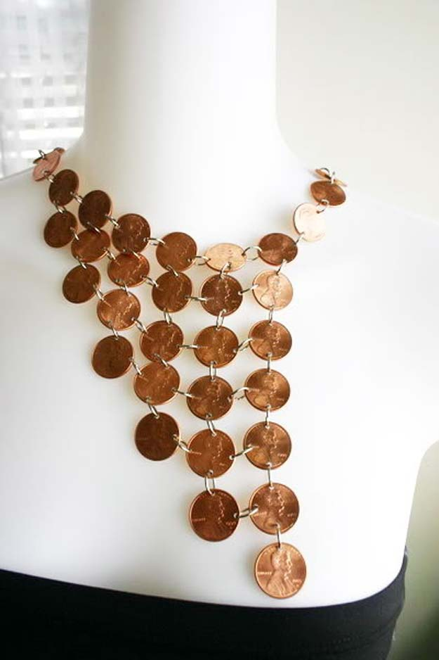 Cool DIYs Made With Pennies and Coins - Make A 36 Cent Penny Necklace - Penny Walls, Floors, DIY Penny Table. Art With Pennies, Walls and Furniture Make With Money and Coins. Cool, Creative Tutorials, Home Decor and DIY Projects Made With Old Pennies - Cool DIY Projects and Crafts for Teens