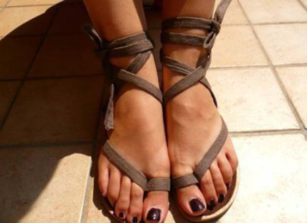 DIY Sandals and Flip Flops - Recycle Old Flip Flops - Creative, Cool and Easy Ways to Make or Update Your Shoes - Decorate Flip Flops with Cheap Dollar Store Crafts and Ideas - Beaded, Leather, Strappy and Painted Sandal Projects - Fun DIY Projects and Crafts for Teens and Teenagers