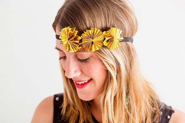 Gold DIY Projects and Crafts - Gold Rosette Headband - Easy Room Decor, Wall Art and Accesories in Gold - Spray Paint, Painted Ideas, Creative and Cheap Home Decor - Projects and Crafts for Teens, Apartments, Adults and Teenagers http://diyprojectsforteens.com/diy-projects-gold