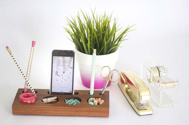 Fun DIY Ideas for Your Desk - Modern Desk Organizer From a Block of Wood - Cubicles, Ideas for Teens and Student - Cheap Dollar Tree Storage and Decor for Offices and Home - Cool DIY Projects and Crafts for Teens http://diyprojectsforteens.com/diy-ideas-desk