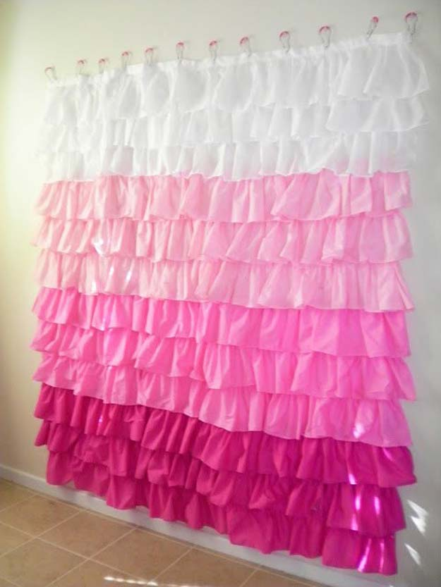 DIY Selfie Ideas - Oodles Ruffled Shower Curtain - Cool Ideas for Photo Booth and Picture Station - Props, Light, Mirror, Board, Wall, Background and Tips for Shooting Best Selfies - DIY Projects and Crafts for Teens