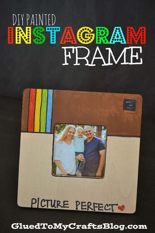 Crafts to Make and Sell - Painted Instagram Frame - Easy Step by Step Tutorials for Fun, Cool and Creative Ways for Teenagers to Make Money Selling Stuff - Room Decor, Accessories, Gifts and More http://diyprojectsforteens.com/diy-crafts-to-make-and-sell