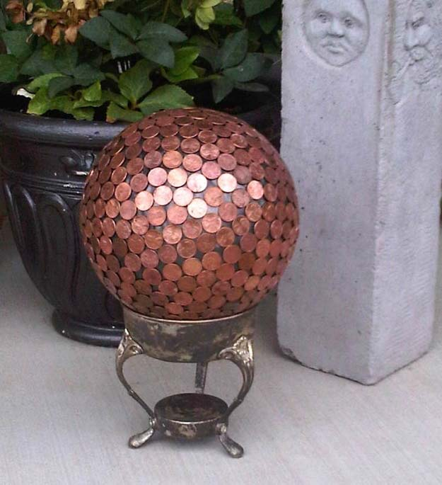 Cool DIYs Made With Pennies and Coins - Penny Bowling Ball - Penny Walls, Floors, DIY Penny Table. Art With Pennies, Walls and Furniture Make With Money and Coins. Cool, Creative Tutorials, Home Decor and DIY Projects Made With Old Pennies - Cool DIY Projects and Crafts for Teens http://diyprojectsforteens.com/diy-ideas-pennies