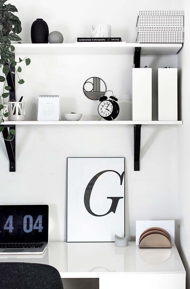 Diy Room Decor Ideas In Black And White Typography Art Free Printable Creative