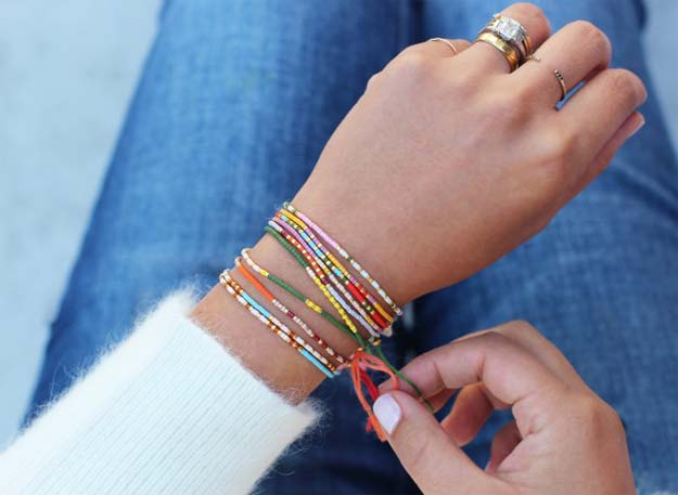 Crafts to Make and Sell - DIY Morse Code Bracelets - Easy Step by Step Tutorials for Fun, Cool and Creative Ways for Teenagers to Make Money Selling Stuff - Room Decor, Accessories, Gifts and More http://diyprojectsforteens.com/diy-crafts-to-make-and-sell
