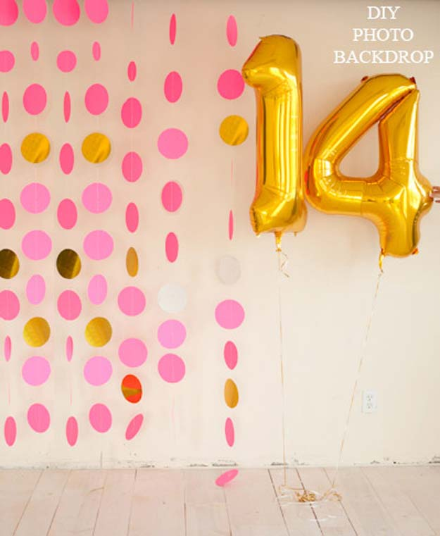 DIY Selfie Ideas - A Super-Easy DIY Photo Backdrop - Cool Ideas for Photo Booth and Picture Station - Props, Light, Mirror, Board, Wall, Background and Tips for Shooting Best Selfies - DIY Projects and Crafts for Teens
