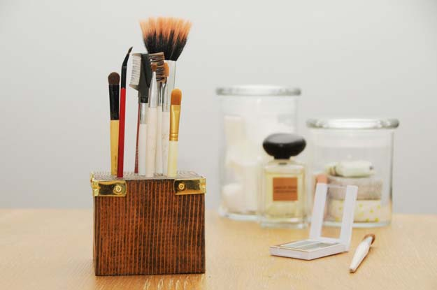 DIY Makeup Organizing Ideas - Scrap Wood Make-up Brush Holder - Projects for Makeup Drawer, Box, Storage, Jars and Wall Displays - Cheap Dollar Tree Ideas with Cardboard and Shoebox - Wood Organizers, Tray and Travel Carriers http://diyprojectsforteens.com/diy-makeup-organizing