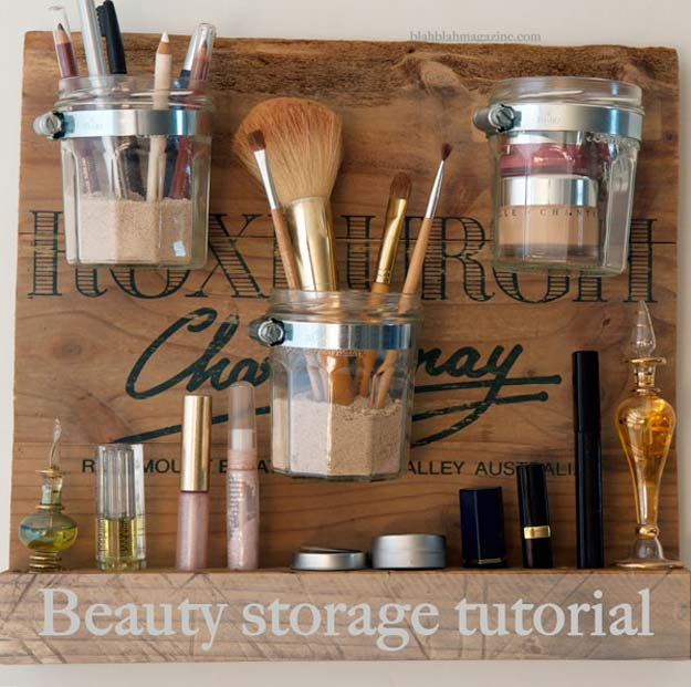 DIY Makeup Organizing Ideas - Beauty Storage Station - Projects for Makeup Drawer, Box, Storage, Jars and Wall Displays - Cheap Dollar Tree Ideas with Cardboard and Shoebox - Wood Organizers, Tray and Travel Carriers http://diyprojectsforteens.com/diy-makeup-organizing