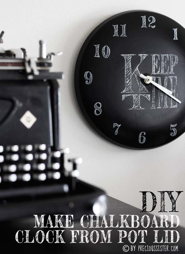 Crafts to Make and Sell - Pot Lid Chalkboard Clock - Easy Step by Step Tutorials for Fun, Cool and Creative Ways for Teenagers to Make Money Selling Stuff - Room Decor, Accessories, Gifts and More http://diyprojectsforteens.com/diy-crafts-to-make-and-sell