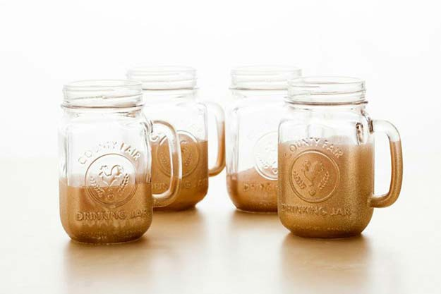 Gold DIY Projects And Crafts   Glitter Dipped Mason Jar Mugs   Easy Room  Decor
